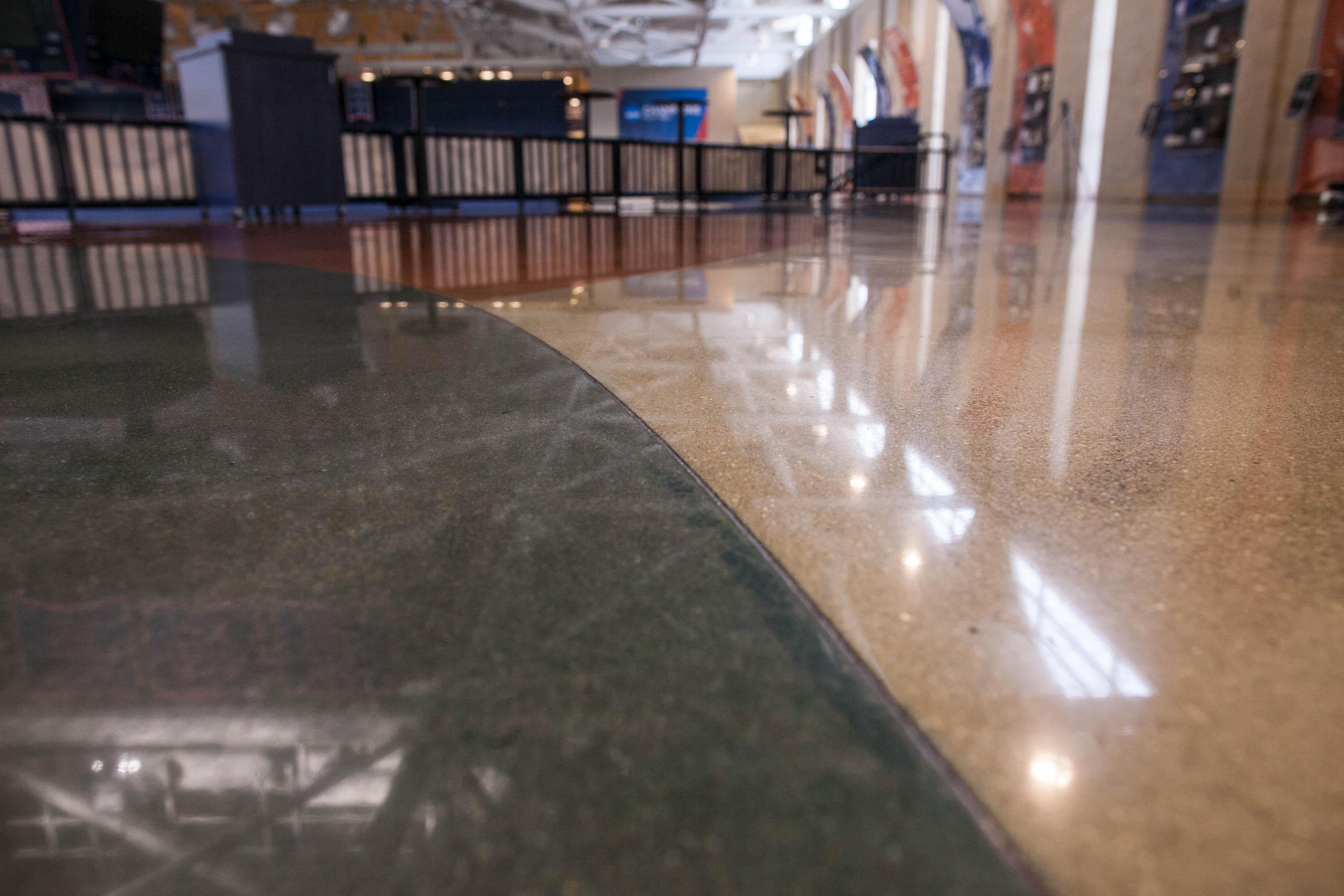 DeVos Fieldhouse Flooring