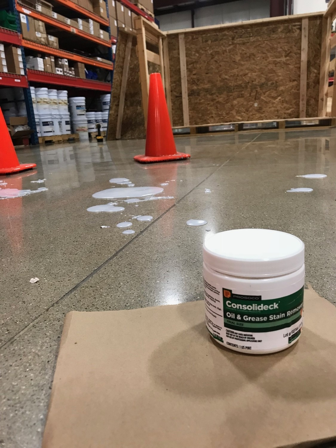 Guide to Cleaning Up Oil Spills on Concrete